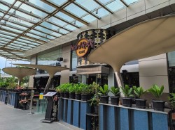 Hard Rock Cafe Pacific Place Mall SCBD